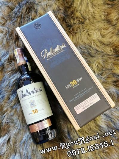 Rượu Ballantine's 30YO