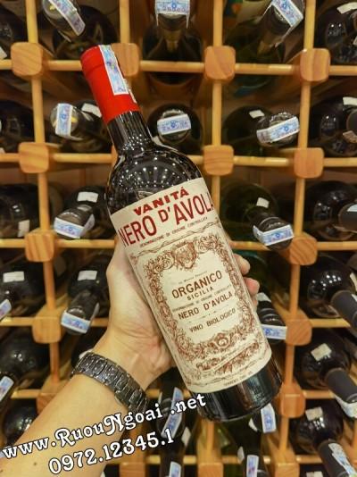 Rượu vang Vanita Nero Davola Italia